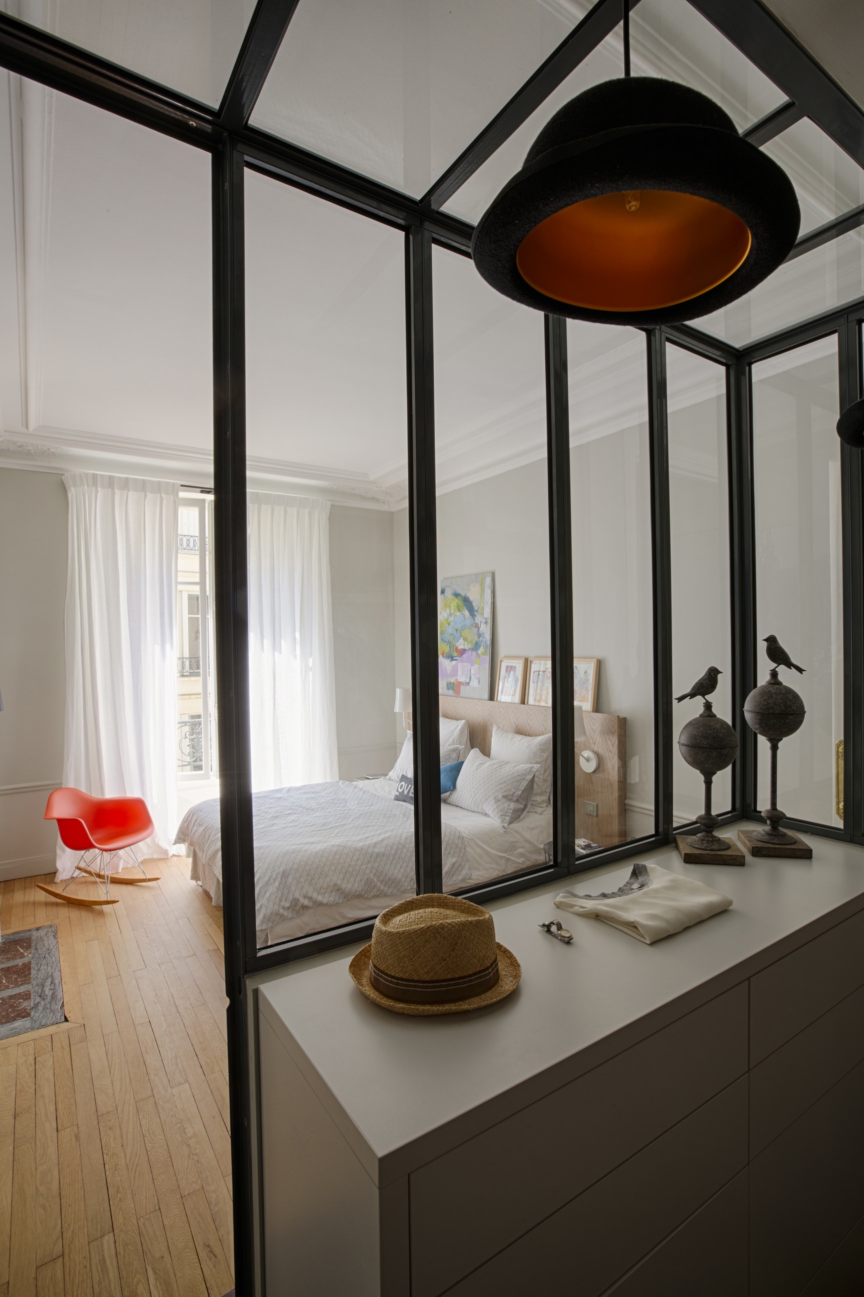 appartement haussmannien et contemporain paris agence v ronique cotrel. Black Bedroom Furniture Sets. Home Design Ideas