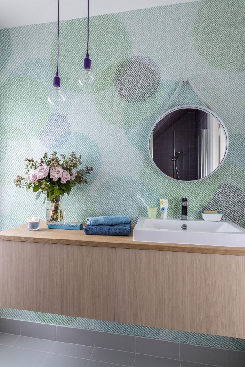 Du papier peint sous la douche !