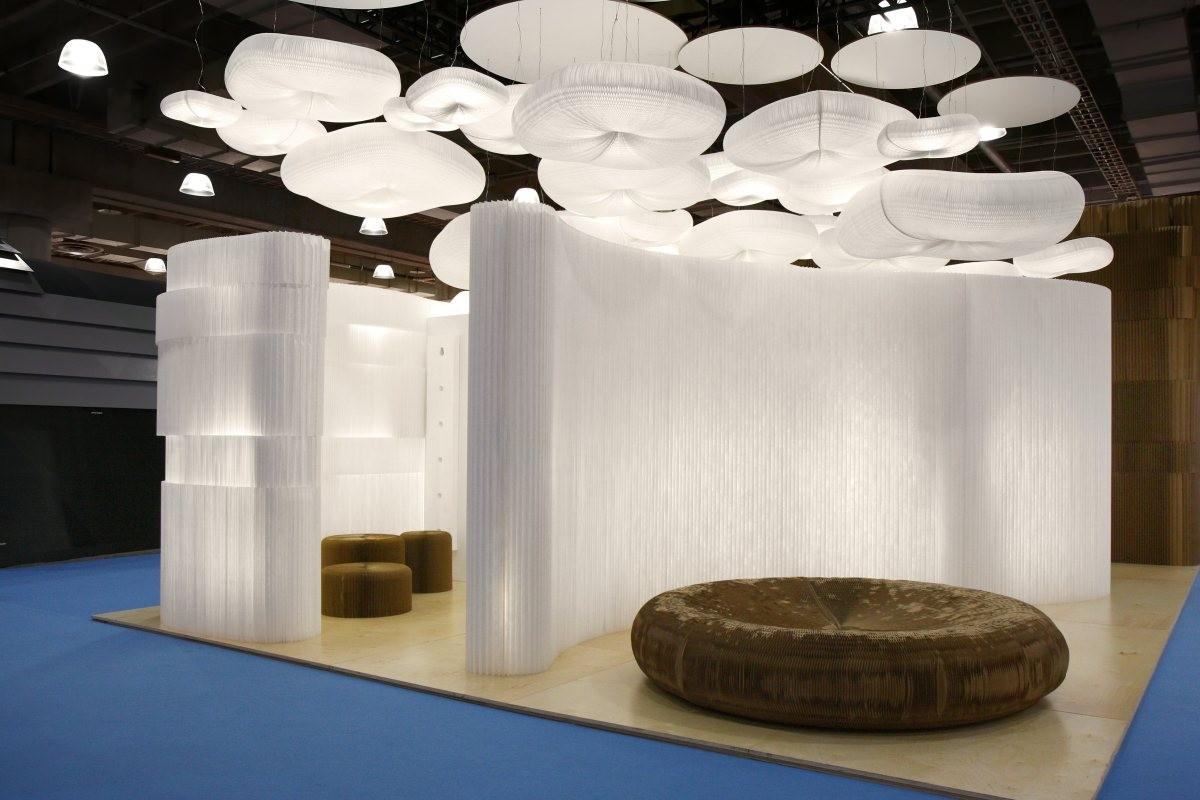 s parer deux espaces avec une cloison lumineuse molo. Black Bedroom Furniture Sets. Home Design Ideas