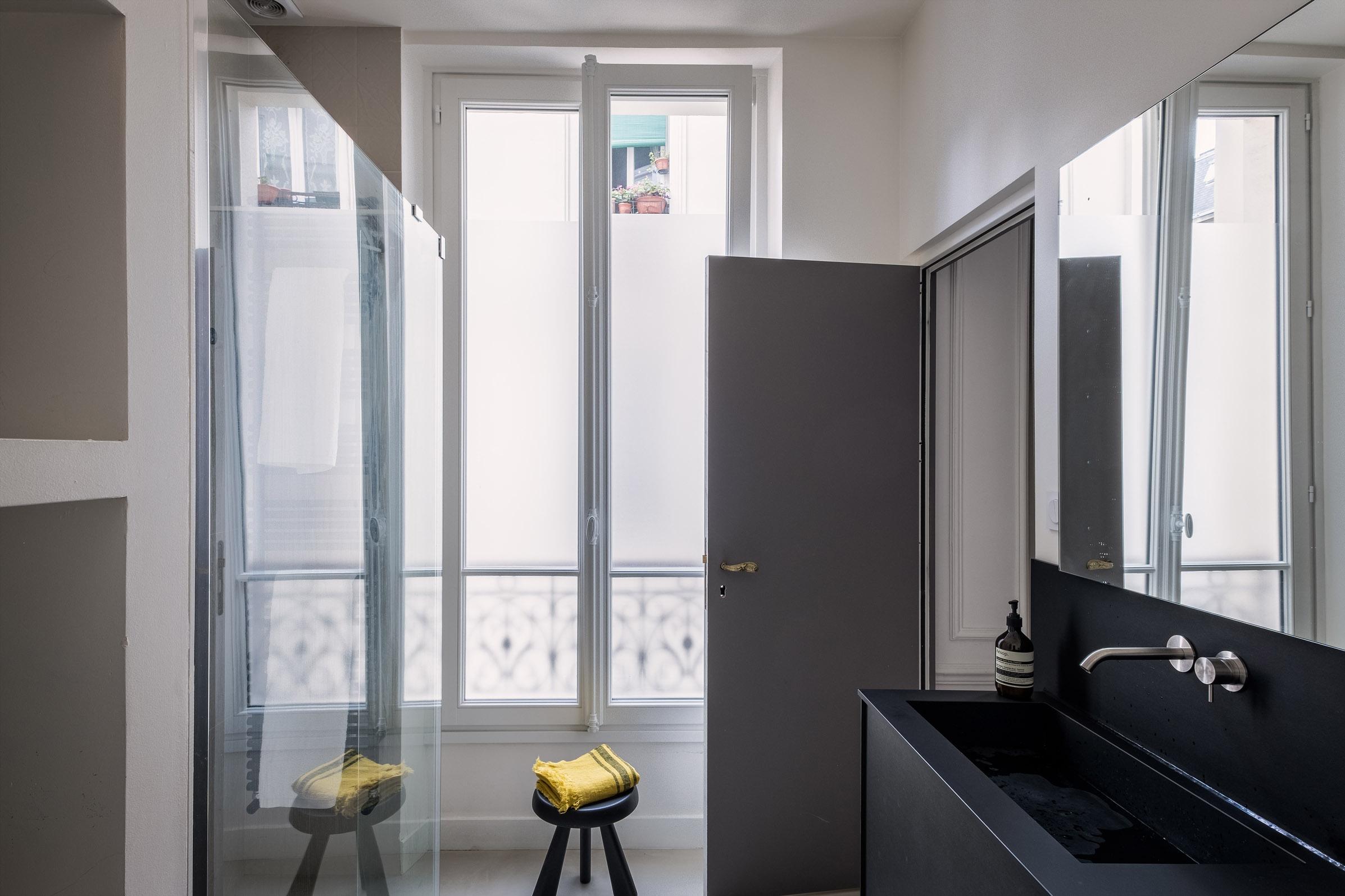 parisian style architecte d 39 int rieur paris. Black Bedroom Furniture Sets. Home Design Ideas