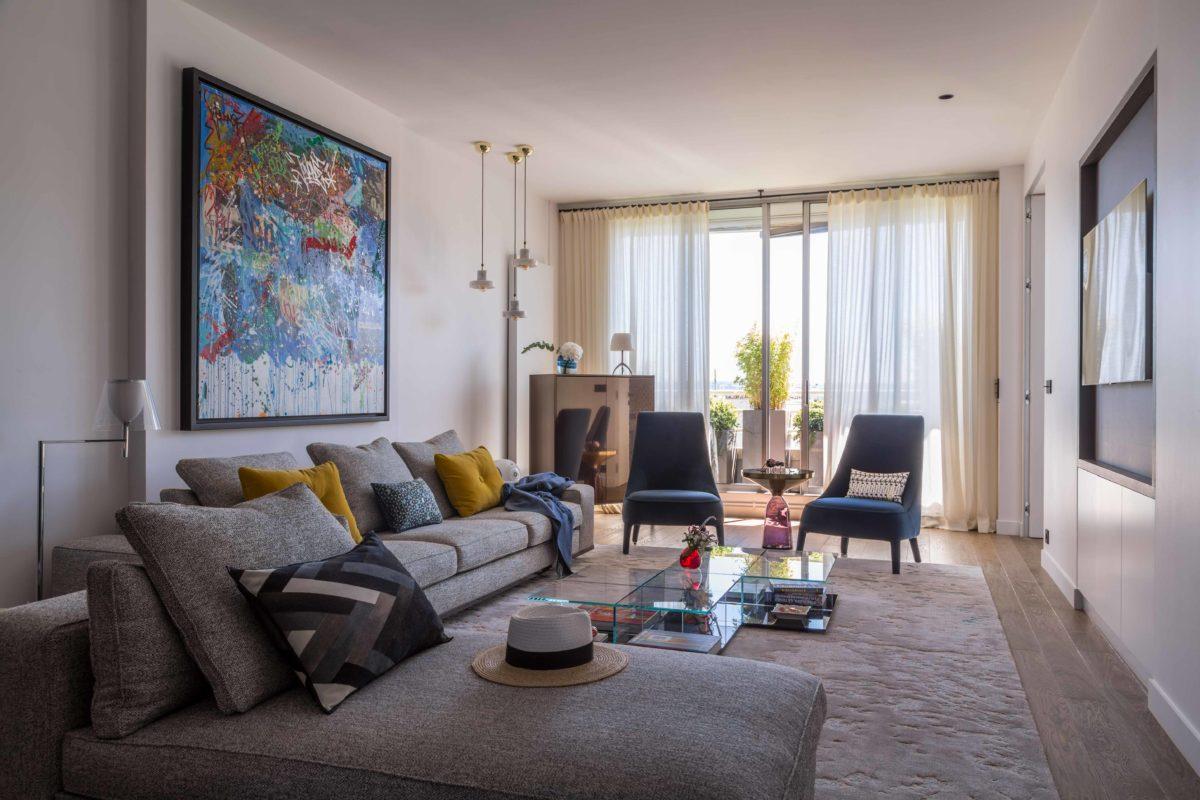 Rénovation d'un duplex à Paris, terrasse, chambre parentale avec dressing